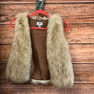 Old Navy* Faux Fur Vest